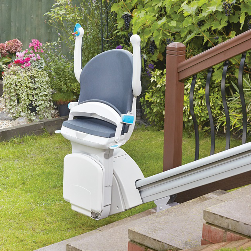 1000 Outdoor Stairlift - Handicare USA on