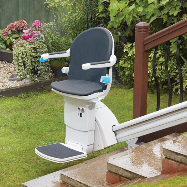 1000 outdoor stair lift handicare