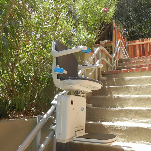 2000 outdoor stair lift multi level handicare