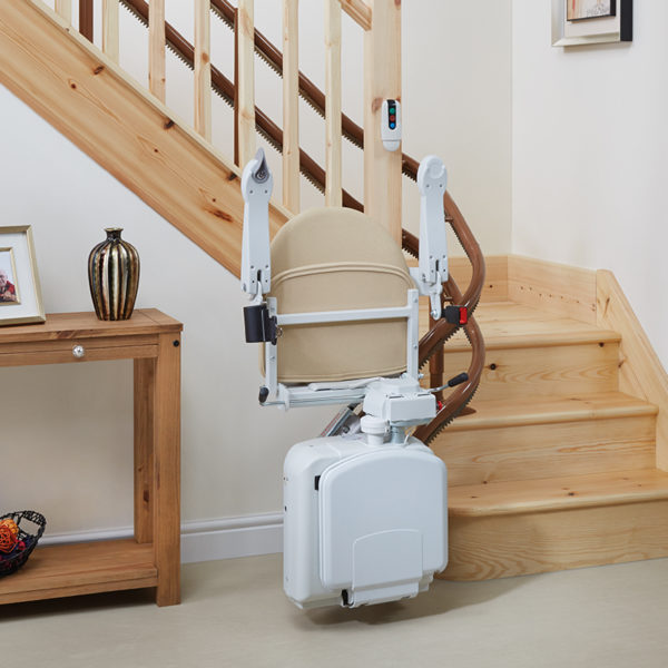 2000 stair lift powered footrest handicare 600x600