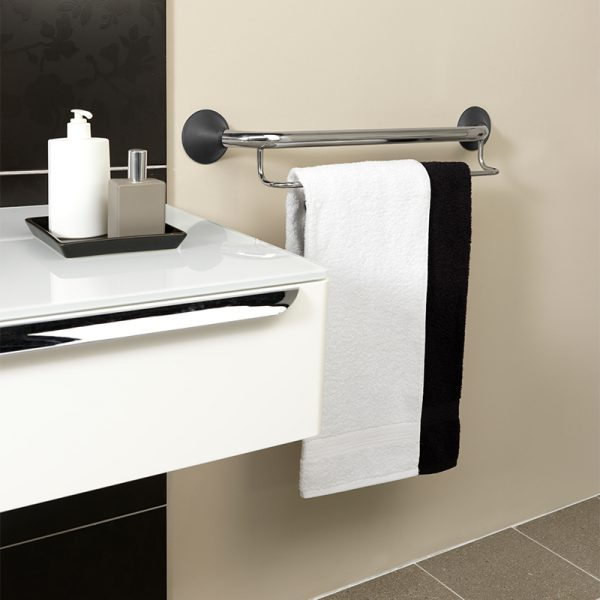ergogrip towel rack grab bar in use handicare 1