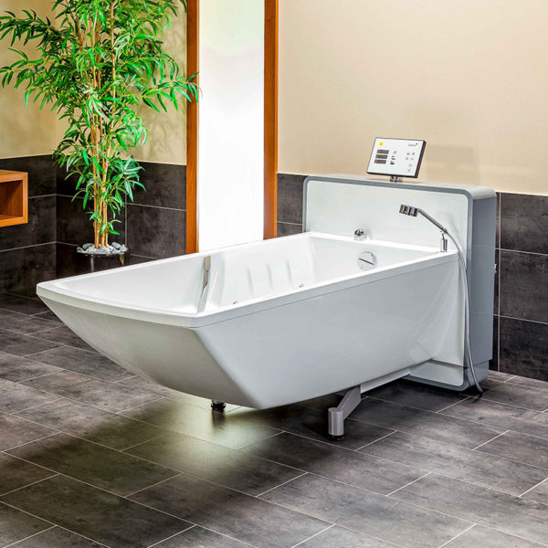 beka averno phoenix bath tub video