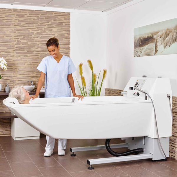 beka averno premium plus bath tub with patient and caregiver 2 600x600