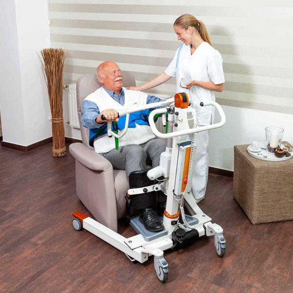 beka nora sit to stand sitting patient on chair and caregiver 1