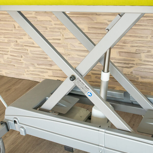 MONA Care and Treatment Table - Scissor System